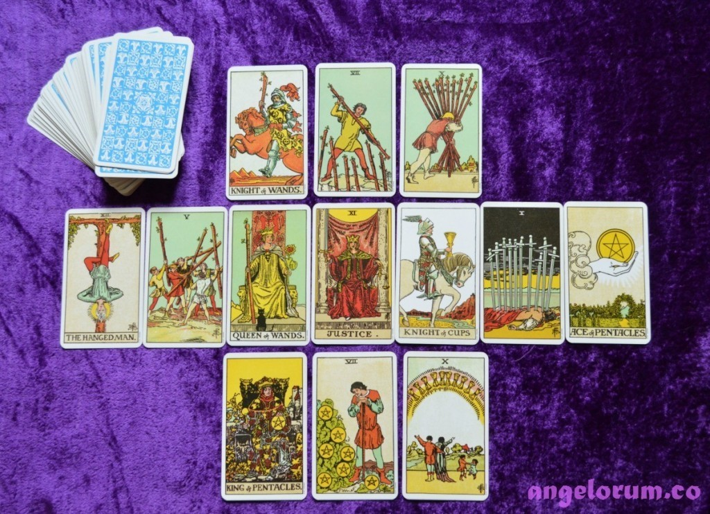 How to Read Intuitively Using Tarot Cards