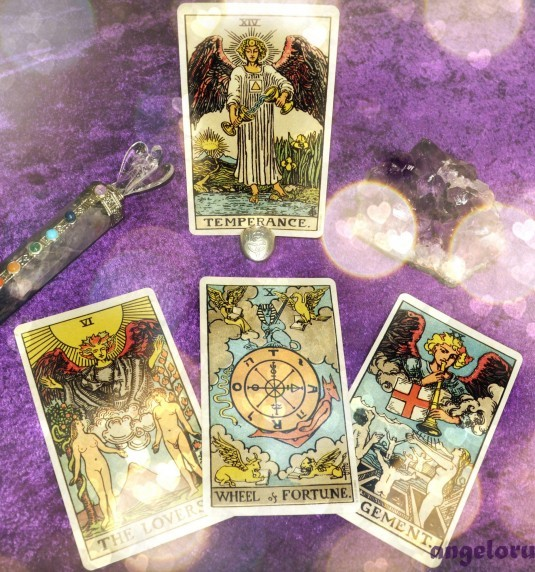 10 Signs That You Are Called to Practise Angelic Tarot