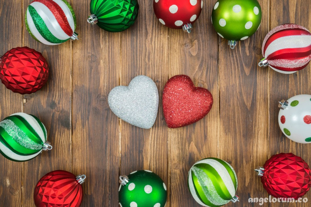 4 December Love and Romance Weekend Forecasts