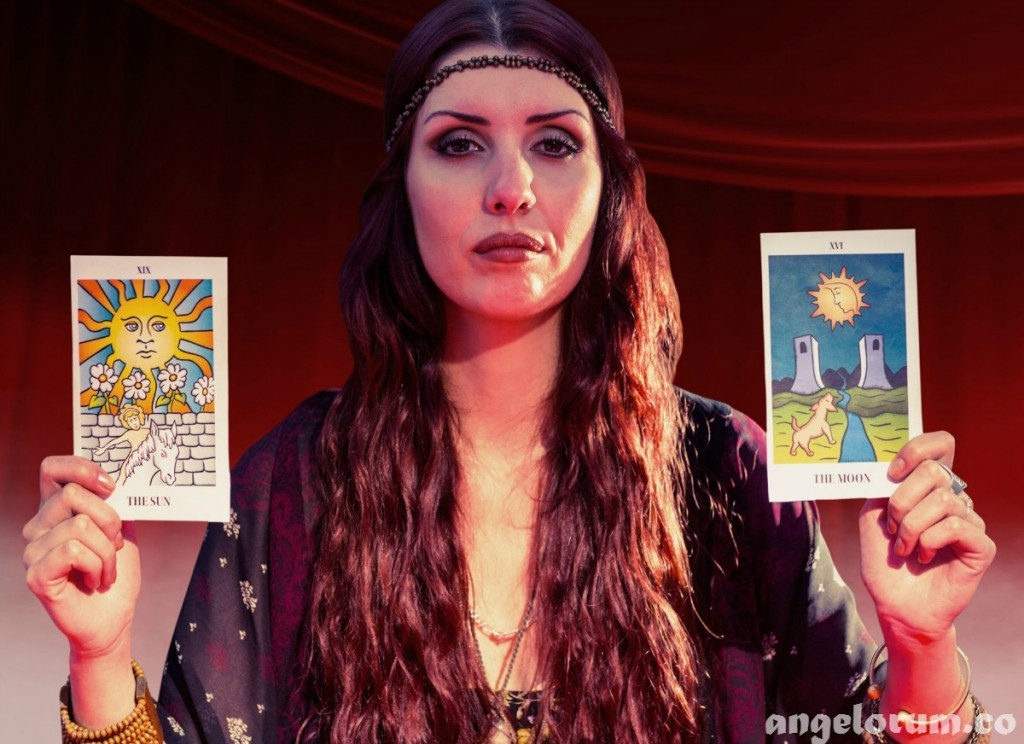 2 card tarot readings sun and moon
