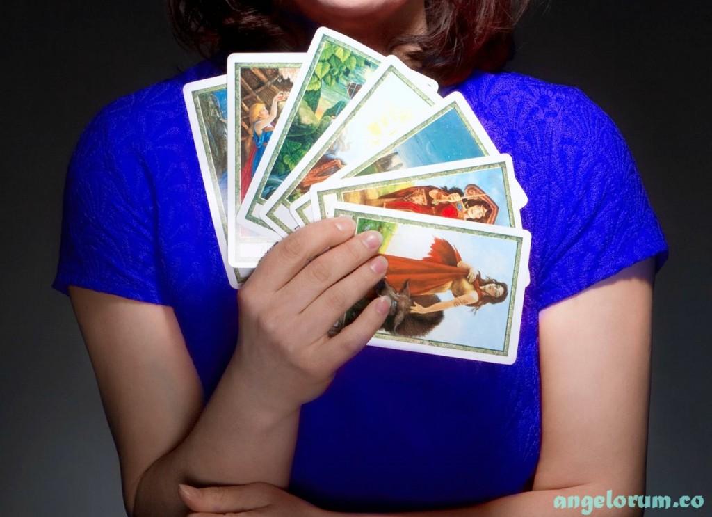 tarot reader close up of cards