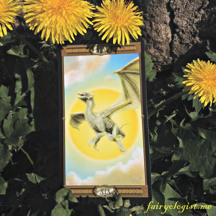 the-sun-from-the-tarot-draconis