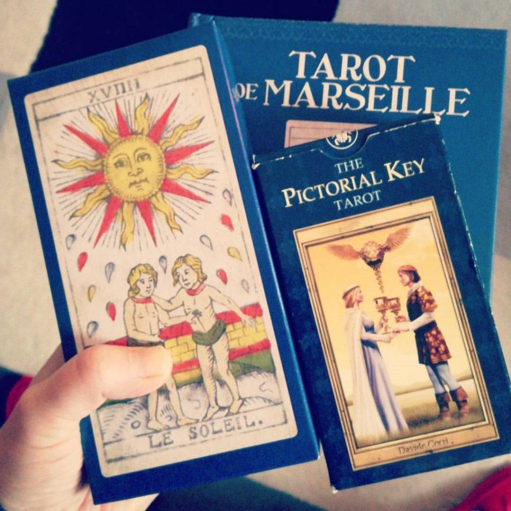 mary-packards-tarot-de-marseille-vs-pictorial-key-tarot-standard-size