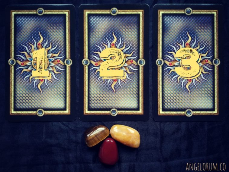 Pick a card Gilded Tarot Week Ahead Messages