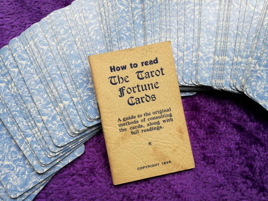 Thomson-Leng Tarot card backs